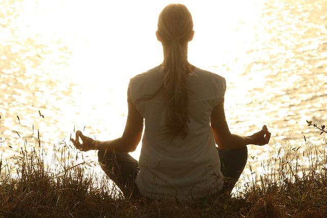 テロメアを伸ばす瞑想のやり方!老化防止で若返り、その方法とは?