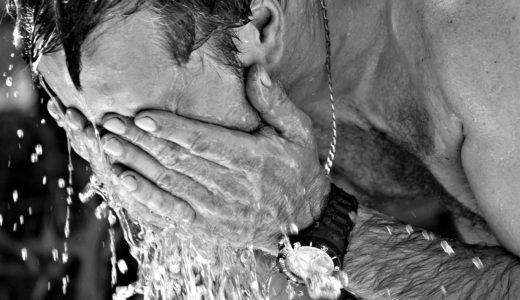 シャワー洗顔をやめたら起こる良いこと悪いこと!ニキビ、毛穴への影響は?!